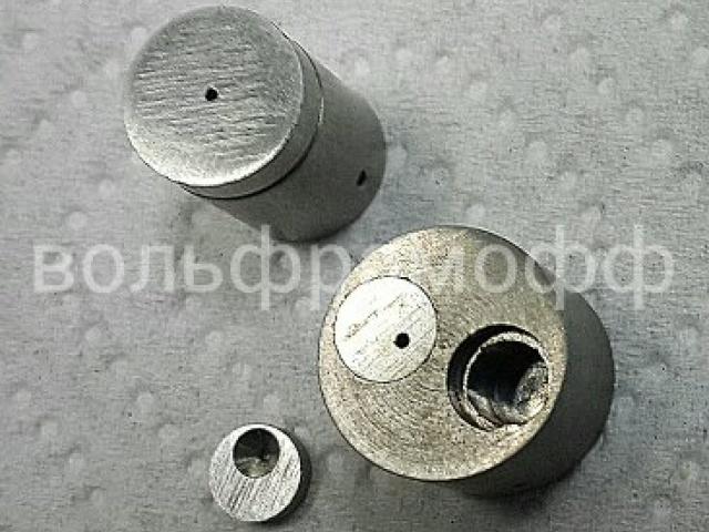 Отверстие в вольфраме Ф0,8 мм